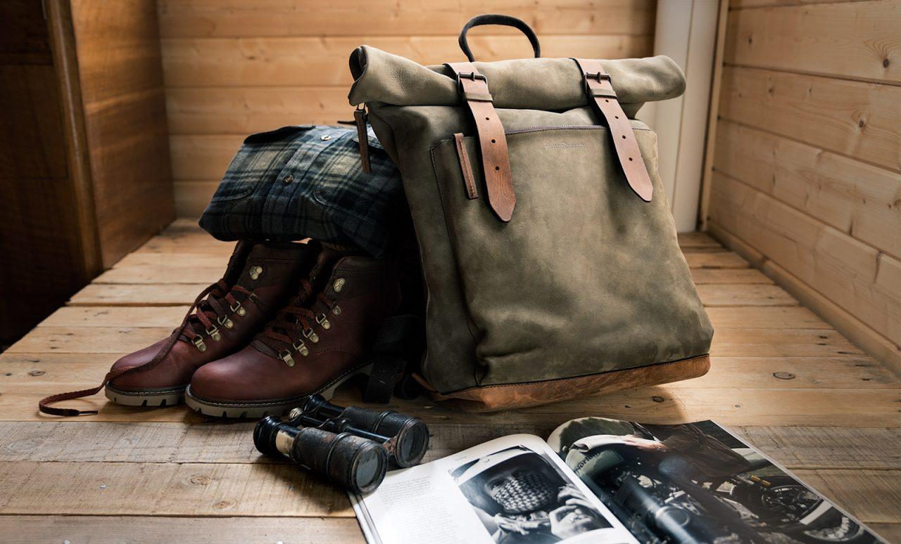 Beau sac à dos en cuir pour homme.