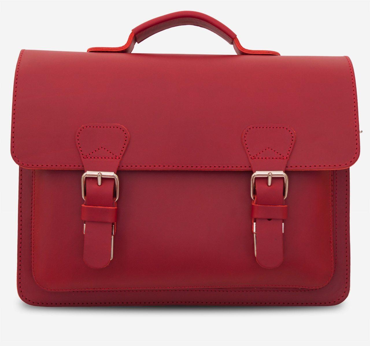 Serviette artisanale en cuir rouge.