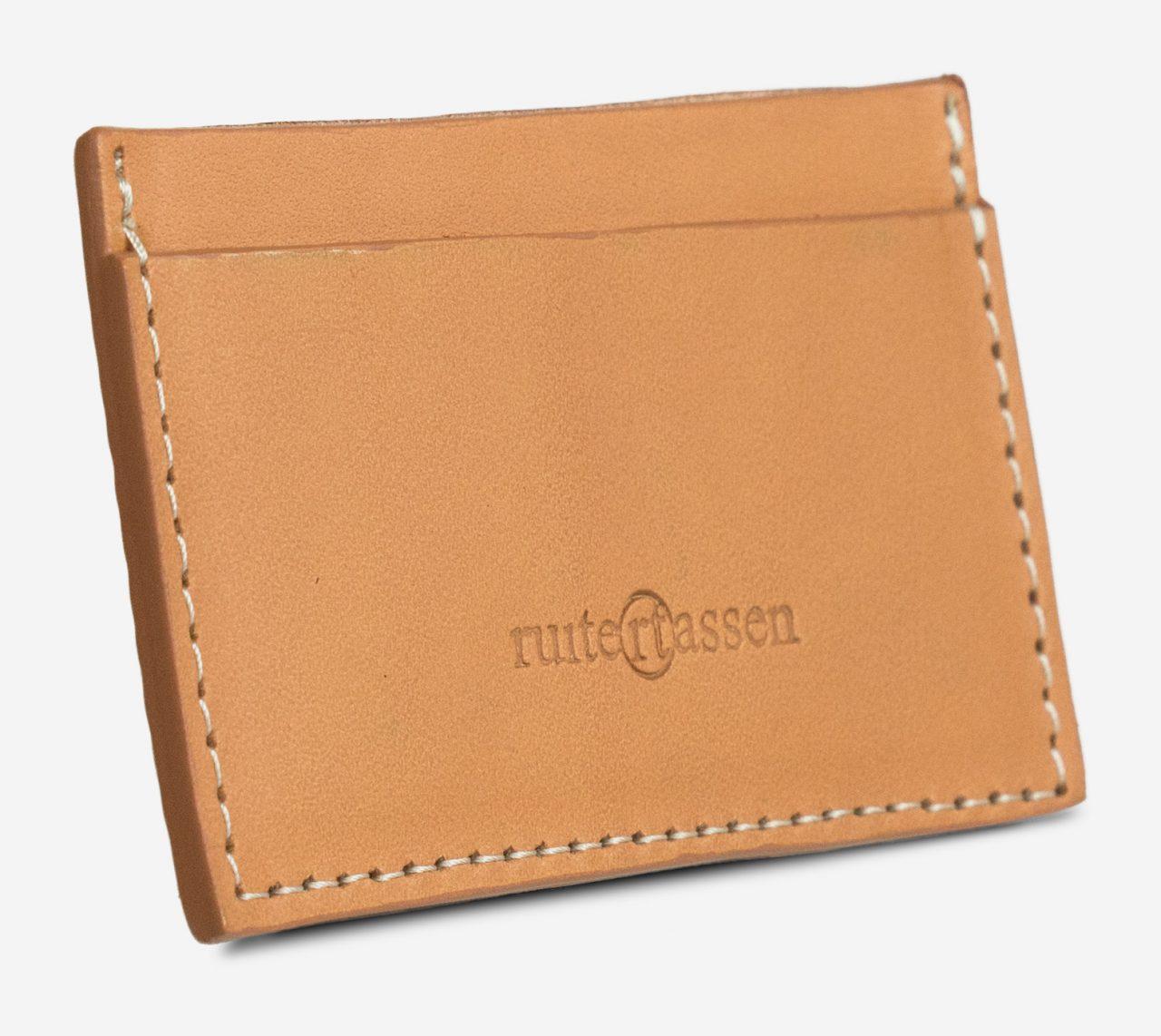 Porte-cartes cuir naturel de côté.